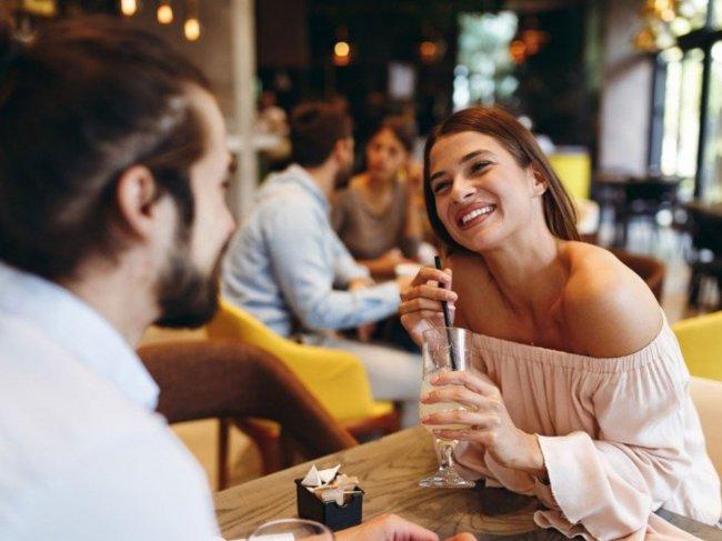 11 мест, куда сводить девушку на первое свидание фото