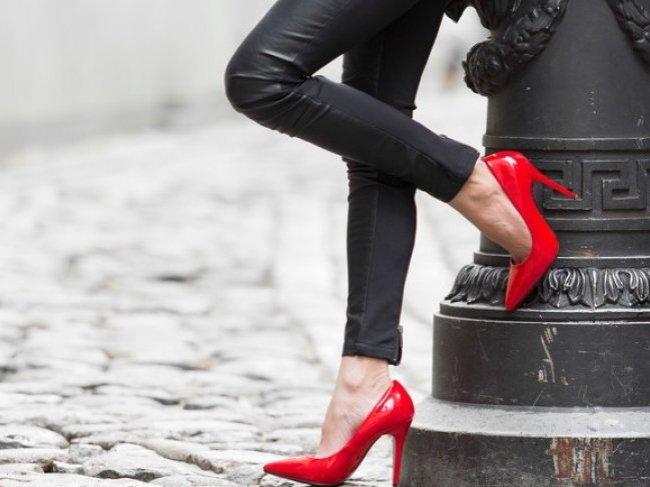Что делать, если влюбился в проститутку? 5 подводных камней в отношениях, о которых лучше знать заранее фото