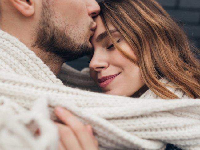 Грязные разговоры во время секса. Что говорить девушке в постели? фото