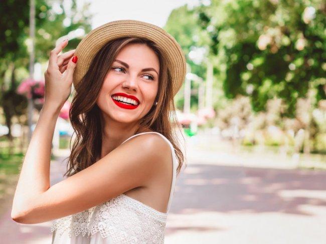 Как поднять настроение девушке: 5 лучших способов фото