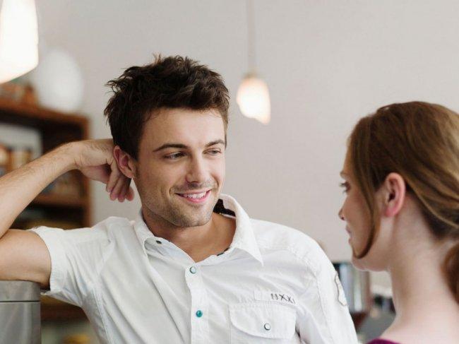 Как правильно намекнуть девушке на секс? 6 советов от Антона Гломозды фото
