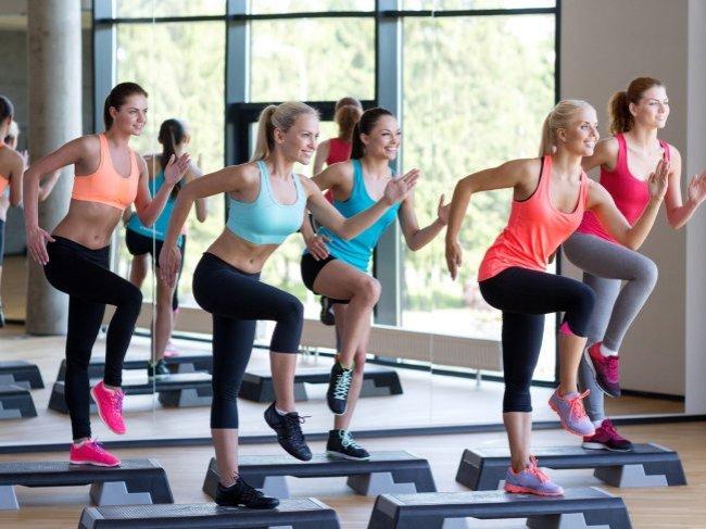 Как правильно познакомиться с девушкой в спортзале или фитнес-клубе: полезные советы фото