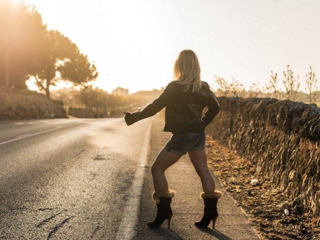 Секс с проституткой: что нужно знать о любви за деньги? 3 плюса и 4 минуса фото
