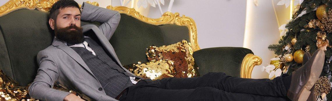 Самка на диване онлайн пикап баб фото