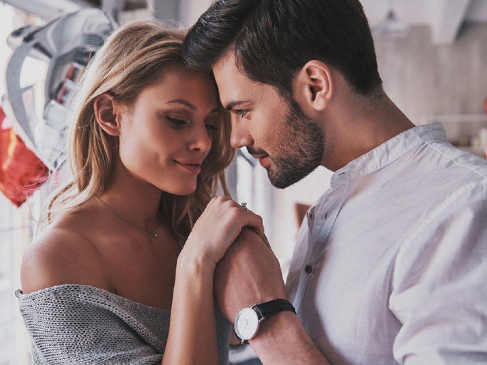 Как загипнотизировать девушку на секс при 1 свидании